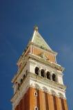 Feche acima de baixo da torre de sino de San Marco Foto de Stock Royalty Free