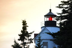 Feche acima de Bass Harbor Lighthouse imagem de stock royalty free