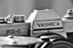 Feche acima de uma c?mera an?loga de Yashica foto de stock royalty free