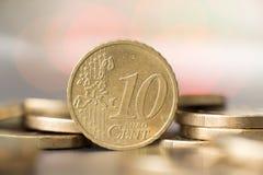 Feche acima de uma moeda de 10 centavos Fotos de Stock Royalty Free