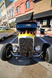 Feche acima do automóvel clássico no evento da feira automóvel imagem de stock royalty free