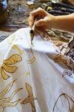 Feche acima do batik da pintura da mão Fotos de Stock