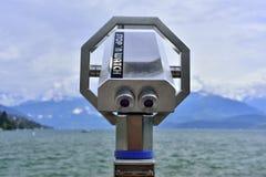 Feche acima do binóculos e vista panorâmica Fotografia de Stock
