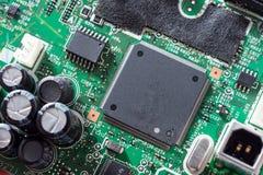 Feche acima do circuito eletrônico Imagens de Stock