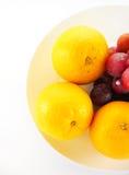 Feche acima do grupo de fruto, isolado no branco Fotografia de Stock