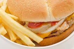 Feche acima do hamburguer Imagem de Stock