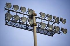 Feche acima do lamp-post do estádio Fotos de Stock