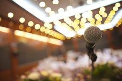 Feche acima do microfone fotografia de stock royalty free