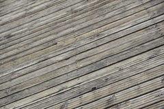 Feche acima do molhe de madeira placa de madeira para a caminhada Fotografia de Stock