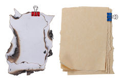 Feche acima do papel anexado com paperclip Imagens de Stock Royalty Free