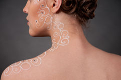 Feche acima do retrato da menina bonita com arte da face Imagens de Stock Royalty Free