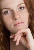 Feche acima do retrato de um modelo fêmea bonito Fotos de Stock Royalty Free