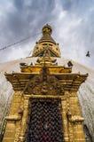 Feche acima do stupa de Swayambhunath, Kathmandu, Nepal imagens de stock