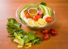 Feche acima do tiro de uma salada verde saudável Fotografia de Stock Royalty Free