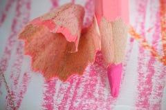 Feche acima do tiro macro de pontas do lápis da pilha do lápis da cor Fotografia de Stock