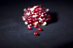 Feche acima do tiro macro de sementes da romã Fotografia de Stock Royalty Free
