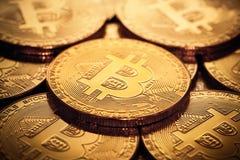 Feche acima dos bitcoins Imagens de Stock Royalty Free
