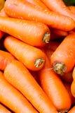 Feche acima dos grupos de cenoura fresca Imagem de Stock