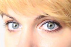 Feche acima dos olhos da jovem mulher bonita Fotografia de Stock Royalty Free