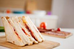 Feche acima dos sanduíches de clube Fotografia de Stock Royalty Free