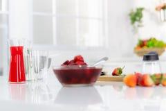 Feche acima dos strawberries imagem de stock royalty free