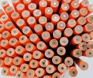 Feche acima em textura unsharpened dos lápis, no backg branco imagens de stock