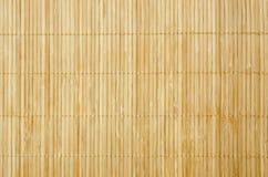 Feche acima o fundo do pano de tabela de bambu foto de stock