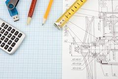 Feder, Bleistift und Speicher blinken auf dem Entwurf Lizenzfreie Stockfotos