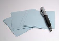 Feder und Papier Stockbild