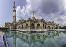 Federacyjnego terytorium meczet, Kuala Lumpur Malezja podczas pogodnego Fotografia Royalty Free