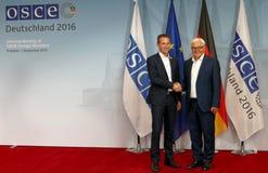 Federacyjny ministra spraw zagranicznych Dr Frank-Walter Steinmeier wita Kristian Jensen zdjęcie stock