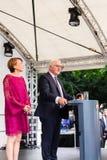 Federacyjny prezydent Niemcy, Frank Walter Steinmeier i jego żona przy jawnego domu dniem w Bonn, Niemcy obrazy royalty free