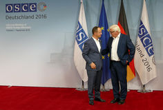 Federal Foreign Minister Dr Frank-Walter Steinmeier welcomes Ditmir Bushati Stock Photography