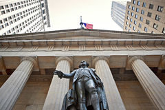Federal Hall - Statua di George Washington. George Washington Statue in front of Federal Hall on 26 Wall Street, New York City, United States of America. It was Royalty Free Stock Image