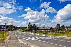 Federal Kola för huvudväg M18 av St Petersburg - Murmansk. Karelia Ryssland royaltyfri foto