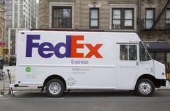 Fedex-vrachtwagen in Manhattan Stock Foto