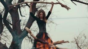 Feenhafte böse Hexe magie stock video