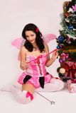 Feenhaftes Mädchen mit magischem Stab Lizenzfreie Stockfotos