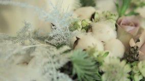 Feestelijk floristisch en mooi decor stock footage
