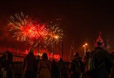 Feestelijke begroeting van vuurwerk op de nacht van het Nieuwjaar Op 1 Januari, 2016 in Amsterdam - Netherland Stock Afbeeldingen