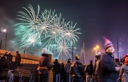 Feestelijke begroeting van vuurwerk op de nacht van het Nieuwjaar Op 1 Januari, 2016 in Amsterdam - Netherland Stock Foto