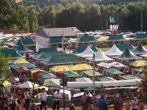 Feestelijke kleurrijke markt Stock Foto's