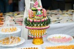 Feestelijke lijstdecoratie met desserts Royalty-vrije Stock Afbeelding