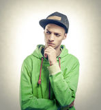 Feestneus in groene kleding royalty-vrije stock fotografie
