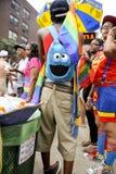 Feestneuzen in Kleurrijke Kostuums Vrolijk Pride Parade NYC Royalty-vrije Stock Foto