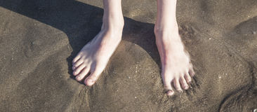 Feet at the beach Royalty Free Stock Photos
