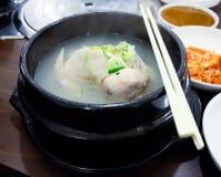 Feg soppa för ginseng, Sydkorea Arkivbild