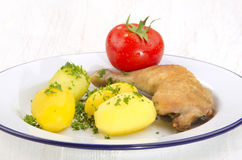 Feg trumpinne med den kokta potatisen Arkivbilder
