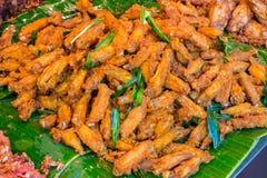 fega djupa stekte vingar Fega vingar för buffel Kryddig mat och Royaltyfria Bilder