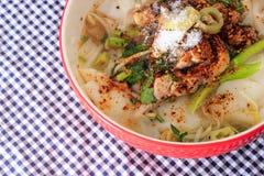 Fega nudlar i soppa Fotografering för Bildbyråer